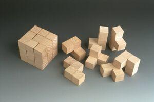 Logikspiele aus Holz